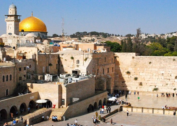 13Holy Land Group Tour